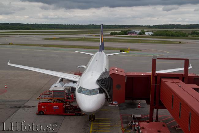 Lufthansa, Airbus A320-200, D-AIZF